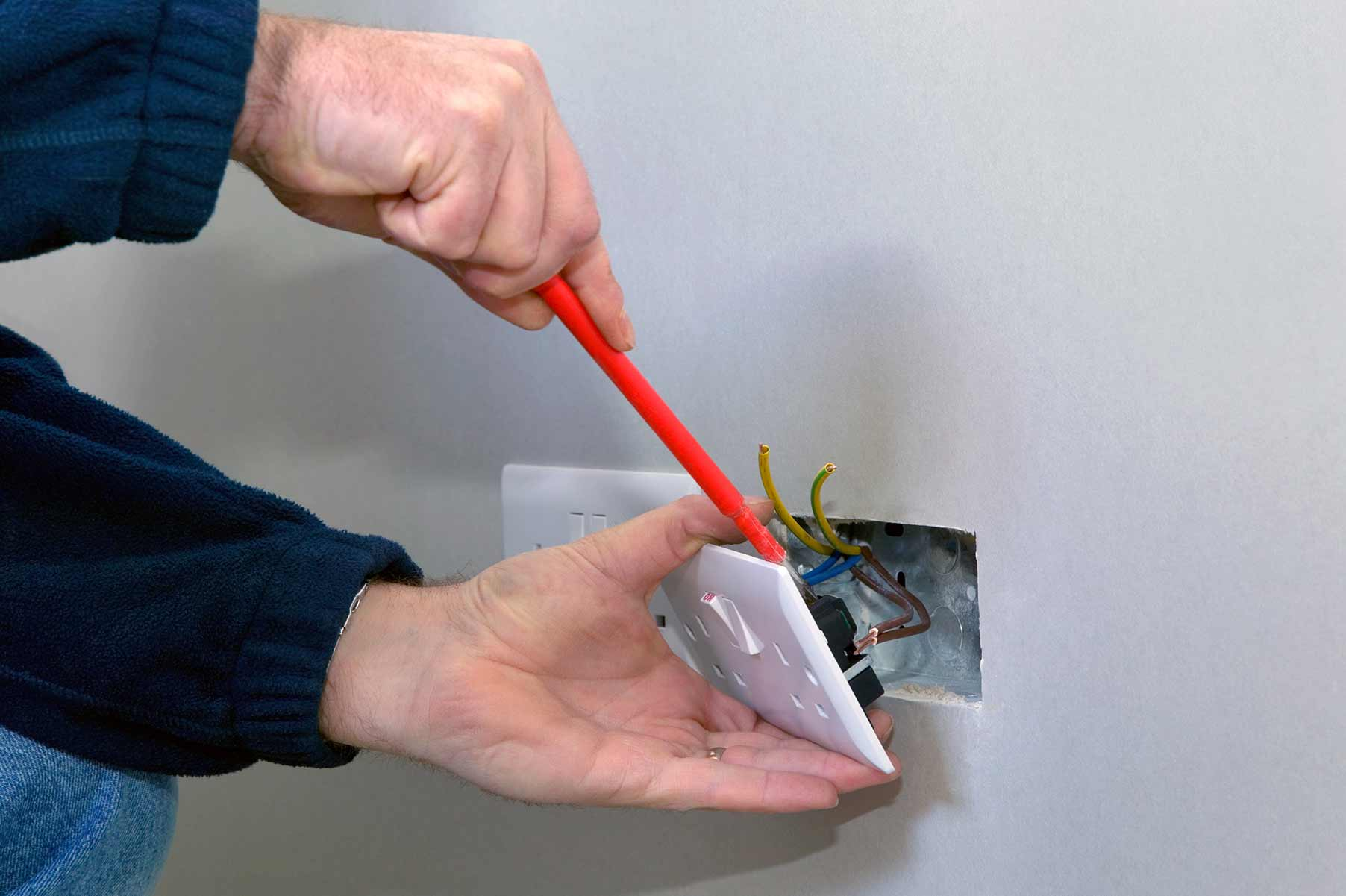 Our electricians can install plug sockets for domestic and commercial proeprties in Edgware and the local area.
